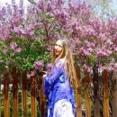Lovely Lilacs! with with Brigitte Mars - YouTube